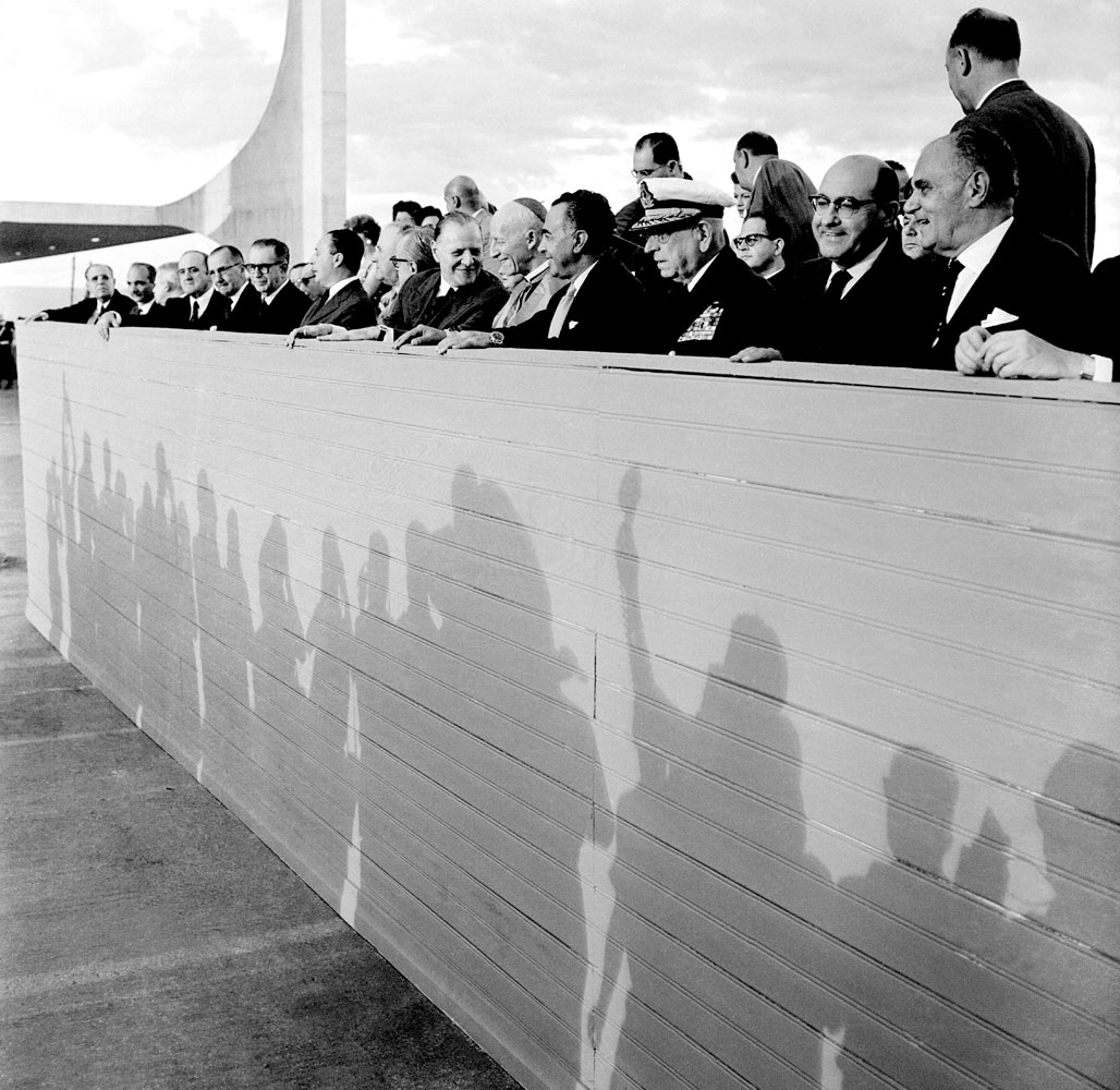 Construção e Inauguração de Brasilia 12
