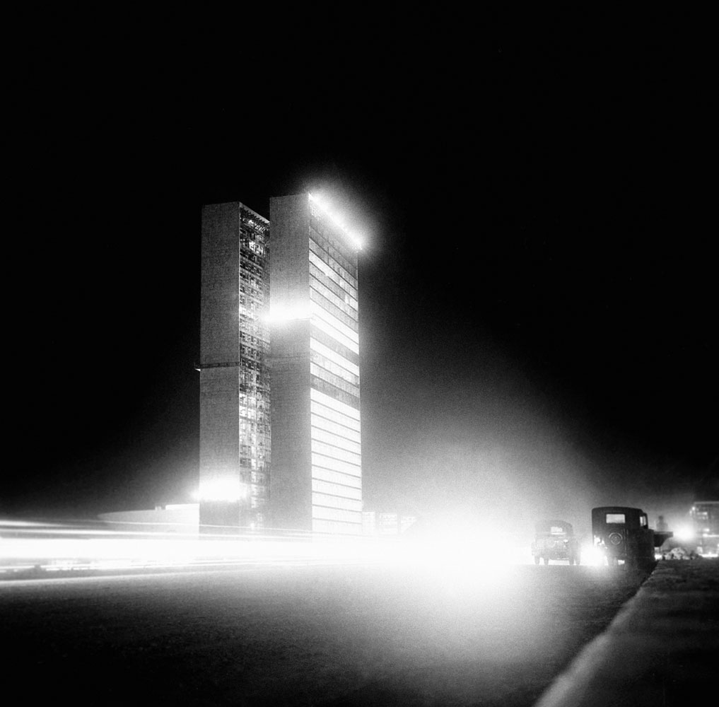 Construção e inauguração de Brasilia 7