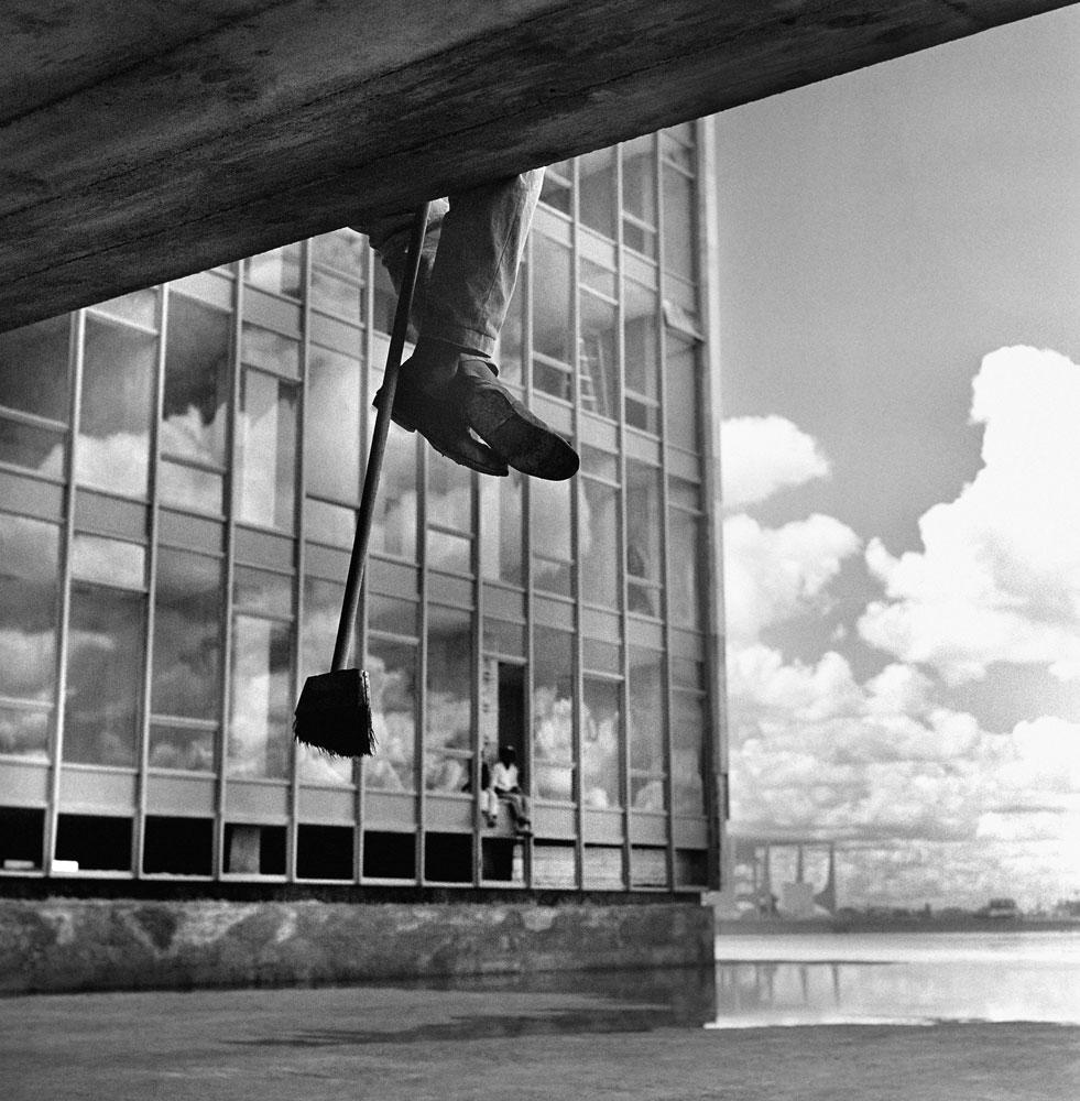 Construção e inauguração de Brasilia, trabalhador, candangos. 8
